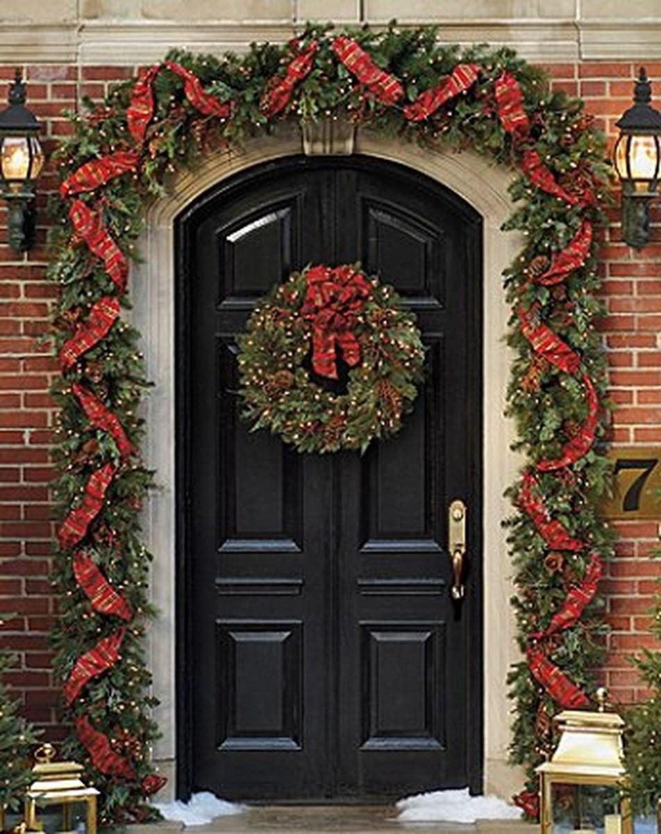 Stunning Front Door Decoration Ideas For Winter 25