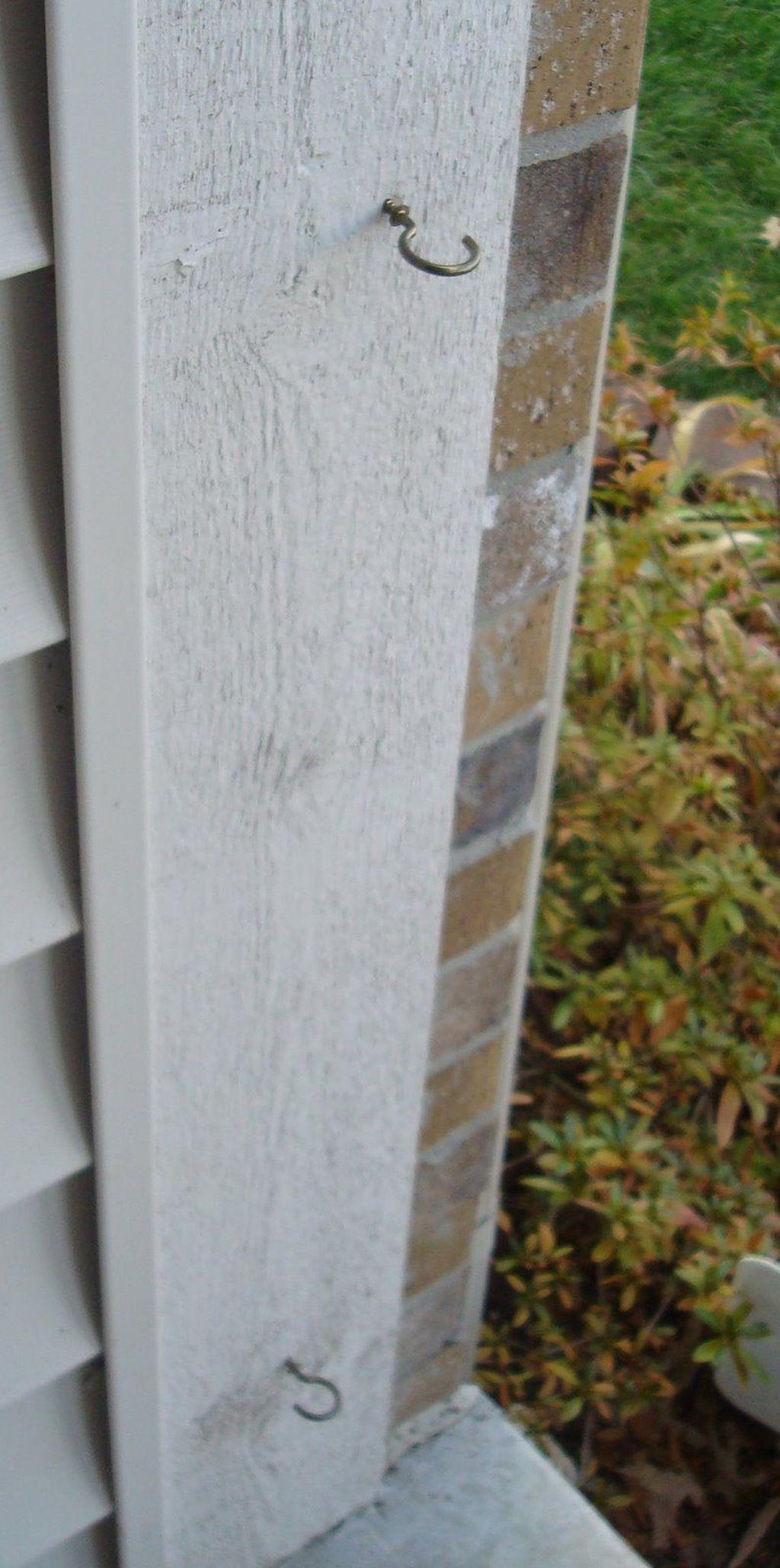 Stunning Front Door Decoration Ideas For Winter 31