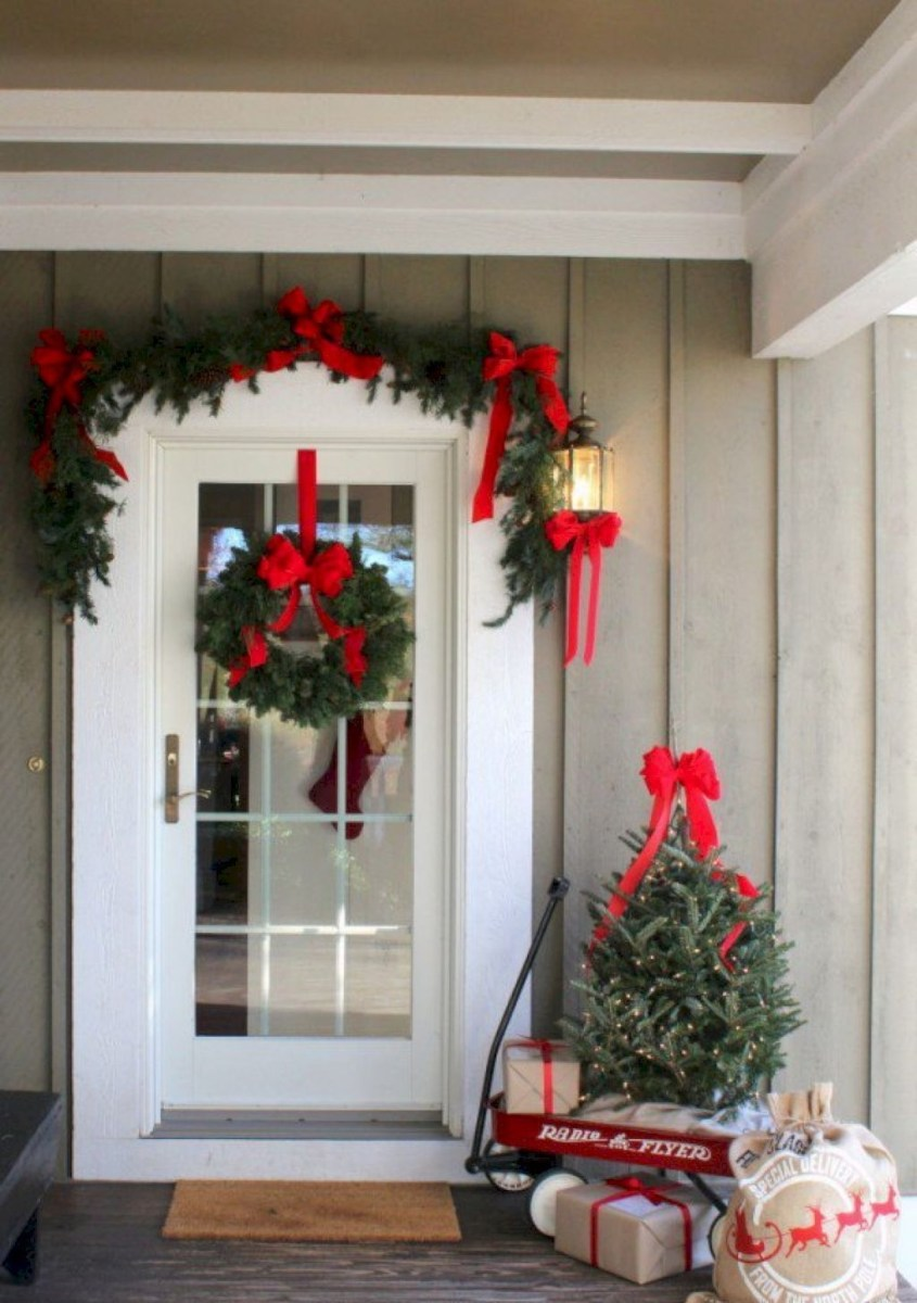Totally Adorable Winter Porch Decoration Ideas 34