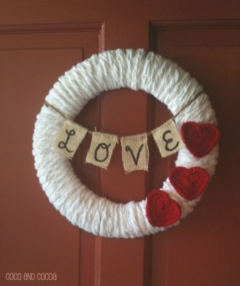 Totally Adorable Wreath Ideas For Valentines Day 35