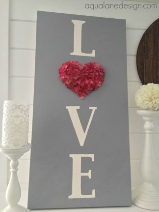 Totally Adorable Wreath Ideas For Valentines Day 42