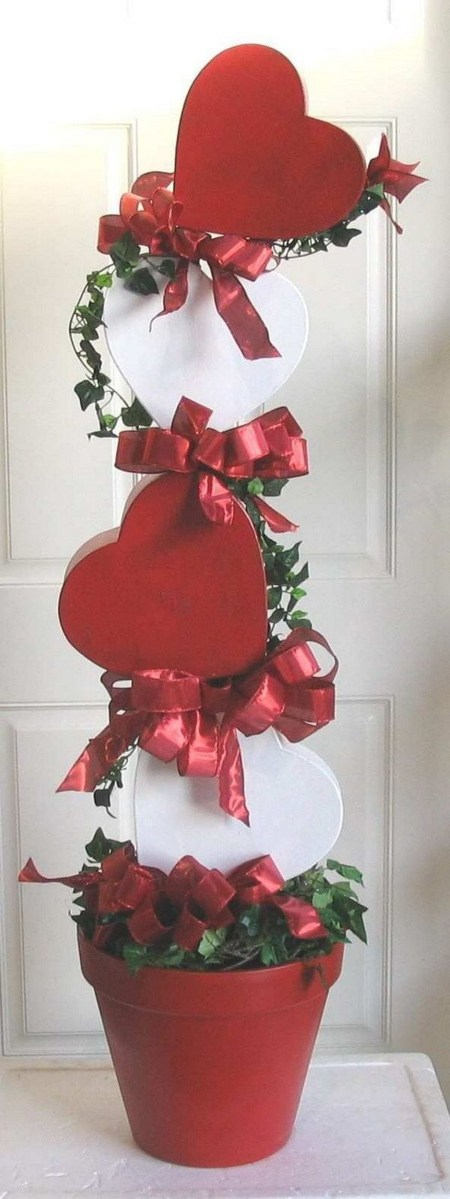 Totally Adorable Wreath Ideas For Valentines Day 43