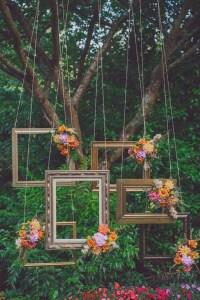 Unique Outdoor Valentine Decoration Ideas 39