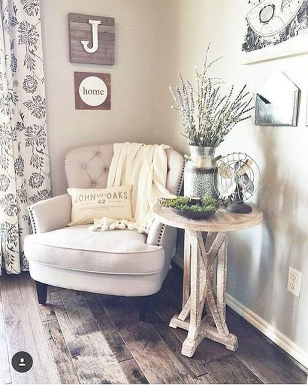 Amazing Farmhouse Style Master Bedroom Ideas 01