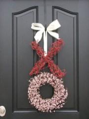 Amazing Outdoor Valentine Decoration Ideas 08