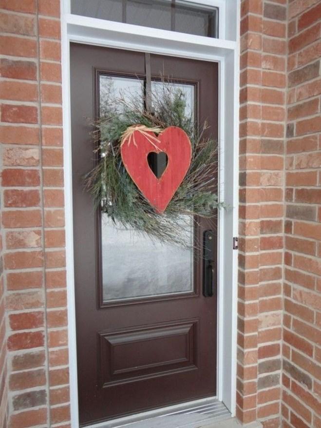 Amazing Outdoor Valentine Decoration Ideas 11