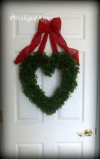 Amazing Outdoor Valentine Decoration Ideas 13