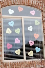Amazing Outdoor Valentine Decoration Ideas 32