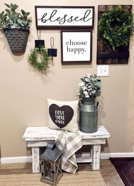 Beautiful Rustic Entryway Decoration Ideas 09