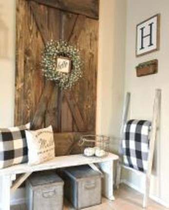 Beautiful Rustic Entryway Decoration Ideas 15