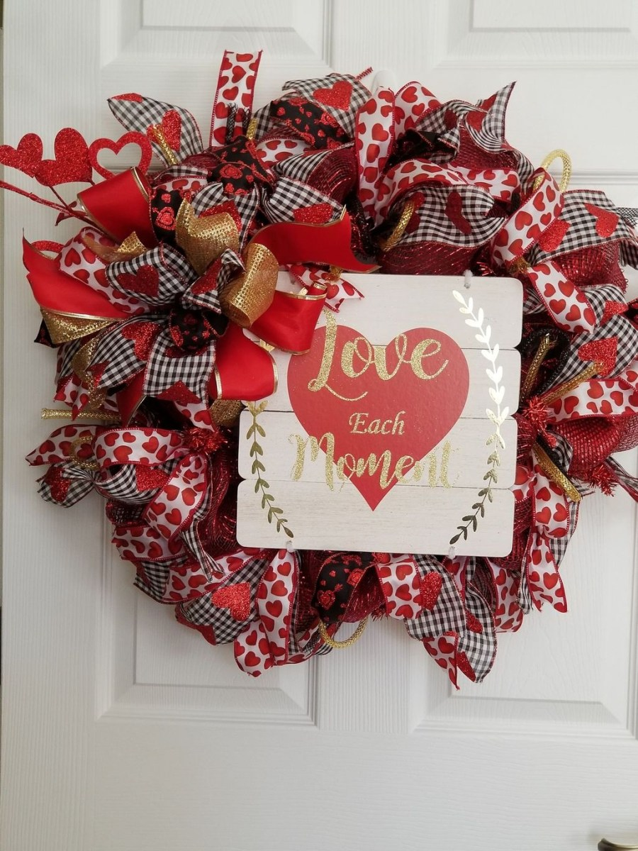 Beautiful Valentine Decoration Ideas For Your Home 36