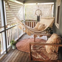 Cozy Apartment Balcony Decoration Ideas 03