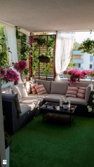 Cozy Apartment Balcony Decoration Ideas 39