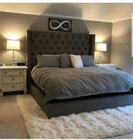 Elegant Small Master Bedroom Decoration Ideas 18