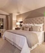 Elegant Small Master Bedroom Decoration Ideas 35