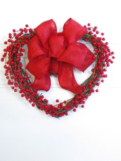 Fun And Festive Way Decorate Your Home For Valentine 11