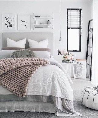 Minimalist Scandinavian Spring Decoration Ideas For Your Home 39