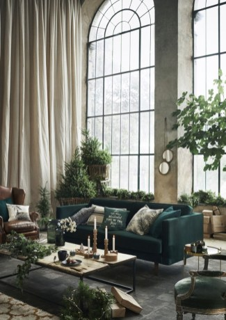 Warm And Cozy Classic Winter Home Decoration Ideas 18