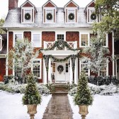 Warm And Cozy Classic Winter Home Decoration Ideas 27
