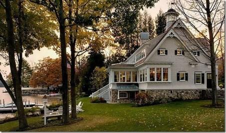 Adorable Farmhouse Spring And Summer Porch Decoration Ideas 05