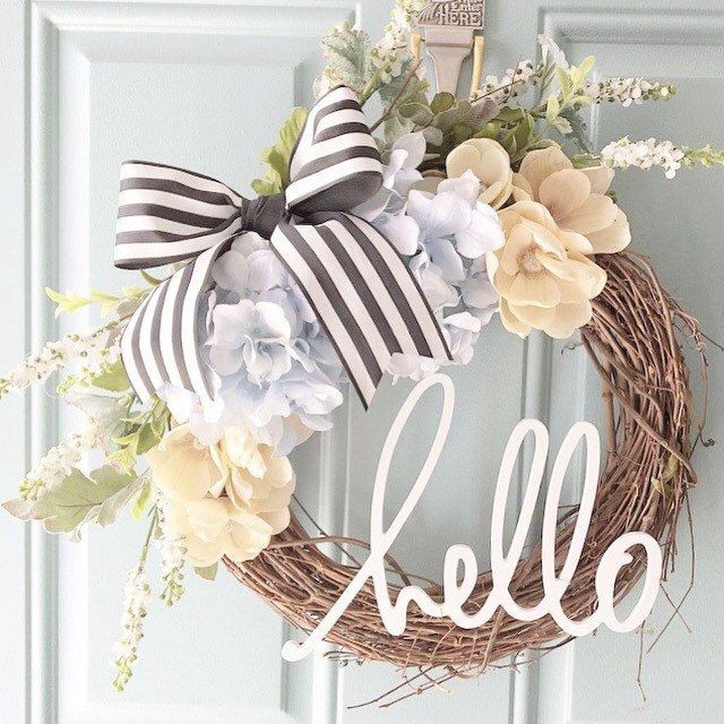 Adorable Farmhouse Spring And Summer Porch Decoration Ideas 20