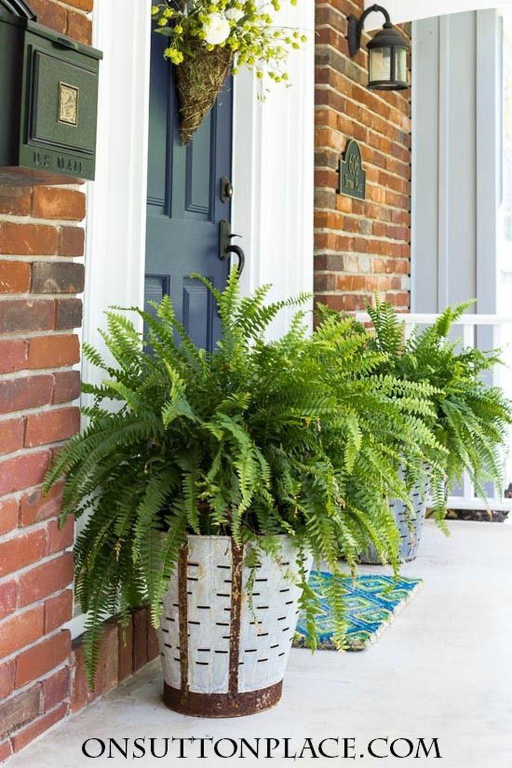 Adorable Farmhouse Spring And Summer Porch Decoration Ideas 26