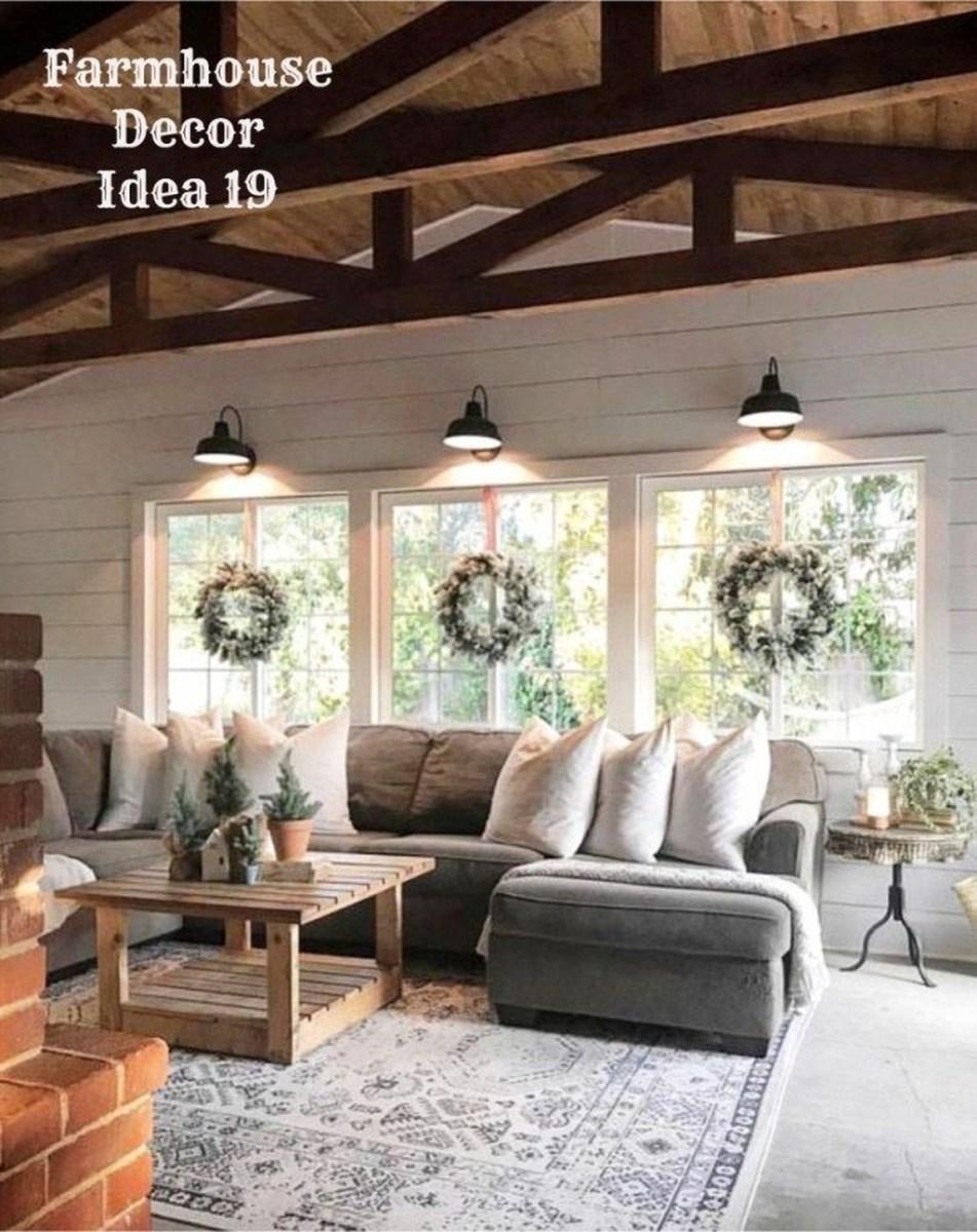 Amazing Rustic Farmhouse Living Room Decoration Ideas 30