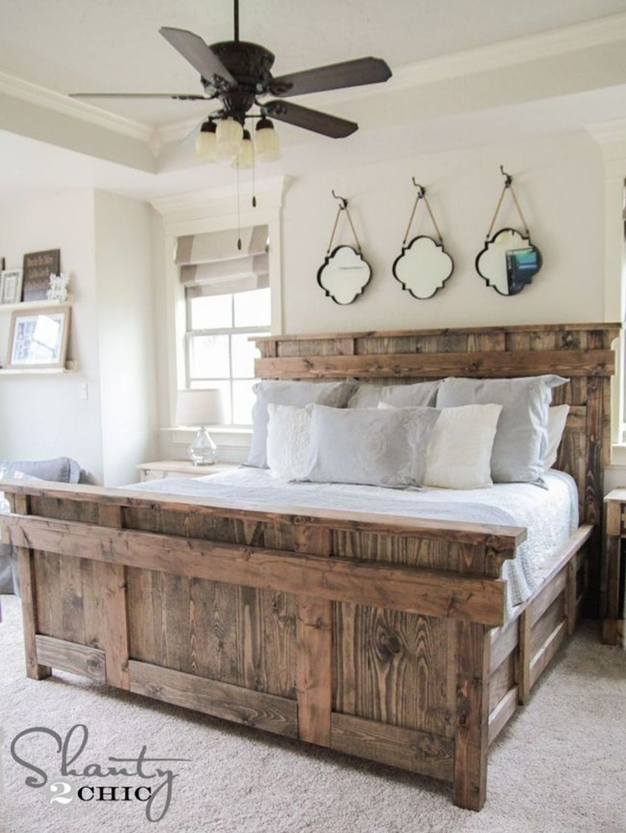 Awesome Rustic Farmhouse Bedroom Decoration Ideas 08