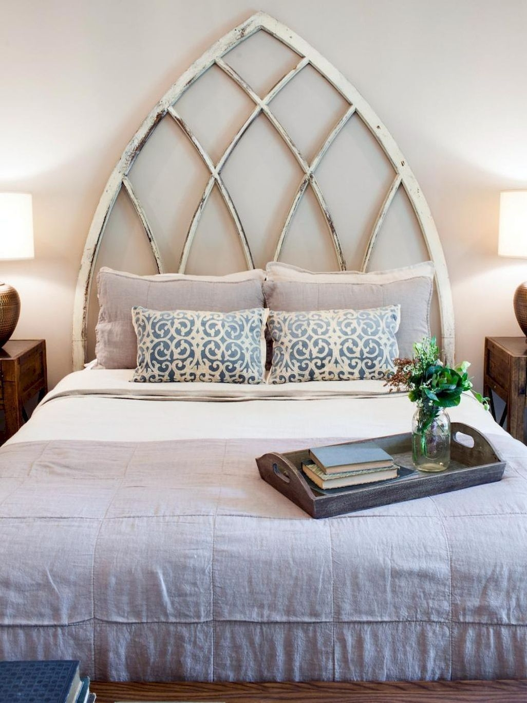 Awesome Rustic Farmhouse Bedroom Decoration Ideas 33