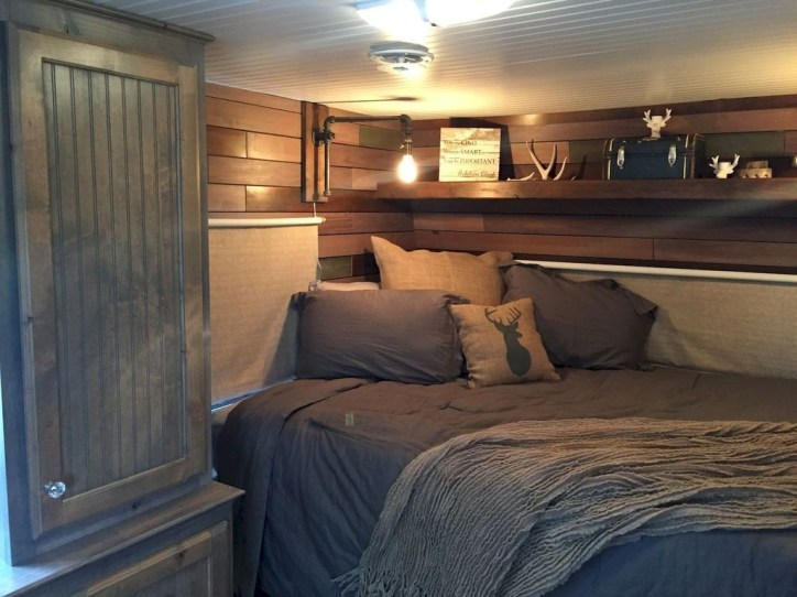 Awesome Rv Living Remodel Design Ideas 45