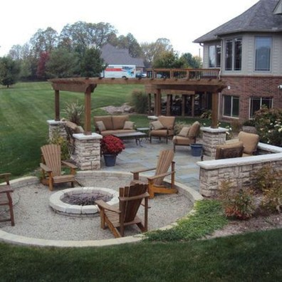 Awesome Small Backyard Patio Design Ideas 17