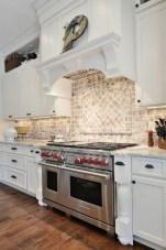 Awesome White Kitchen Backsplash Design Ideas 08