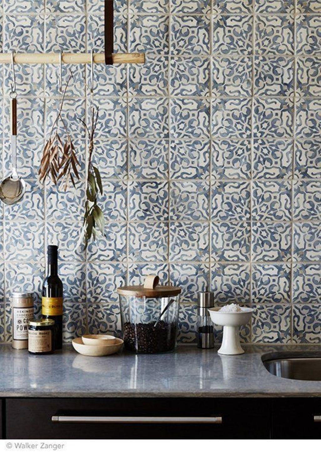 Awesome White Kitchen Backsplash Design Ideas 38