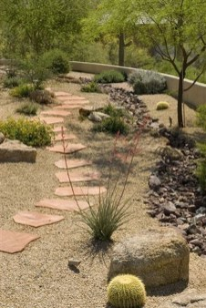 Beautiful Front Yard Rock Garden Design Ideas 08