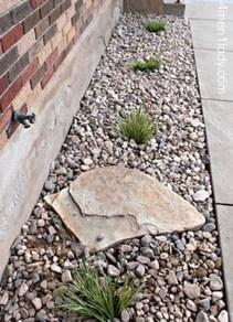 Beautiful Front Yard Rock Garden Design Ideas 19
