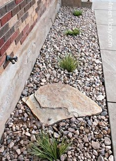 Beautiful Front Yard Rock Garden Design Ideas 19