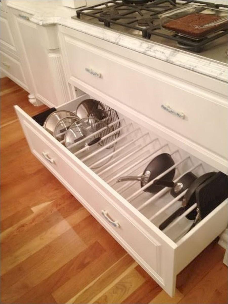 Best White Kitchen Cabinet Design Ideas 04