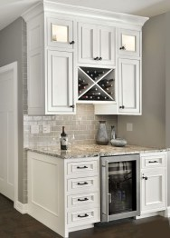 Best White Kitchen Cabinet Design Ideas 23