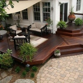 Cozy Backyard Patio Deck Design Decoration Ideas 22