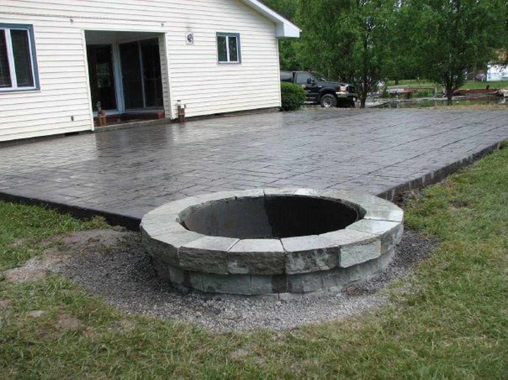 Cozy Backyard Patio Deck Design Decoration Ideas 29