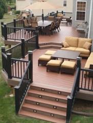 Cozy Backyard Patio Deck Design Decoration Ideas 39