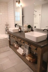 Fresh Rustic Farmhouse Master Bathroom Remodel Ideas 02