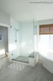 Fresh Rustic Farmhouse Master Bathroom Remodel Ideas 11