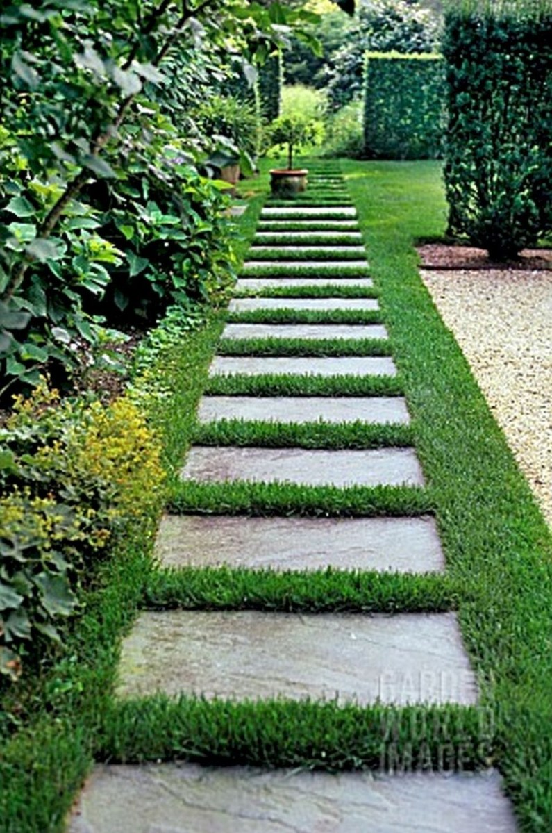 Stunning Front Yard Walkway Landscaping Design Ideas 22