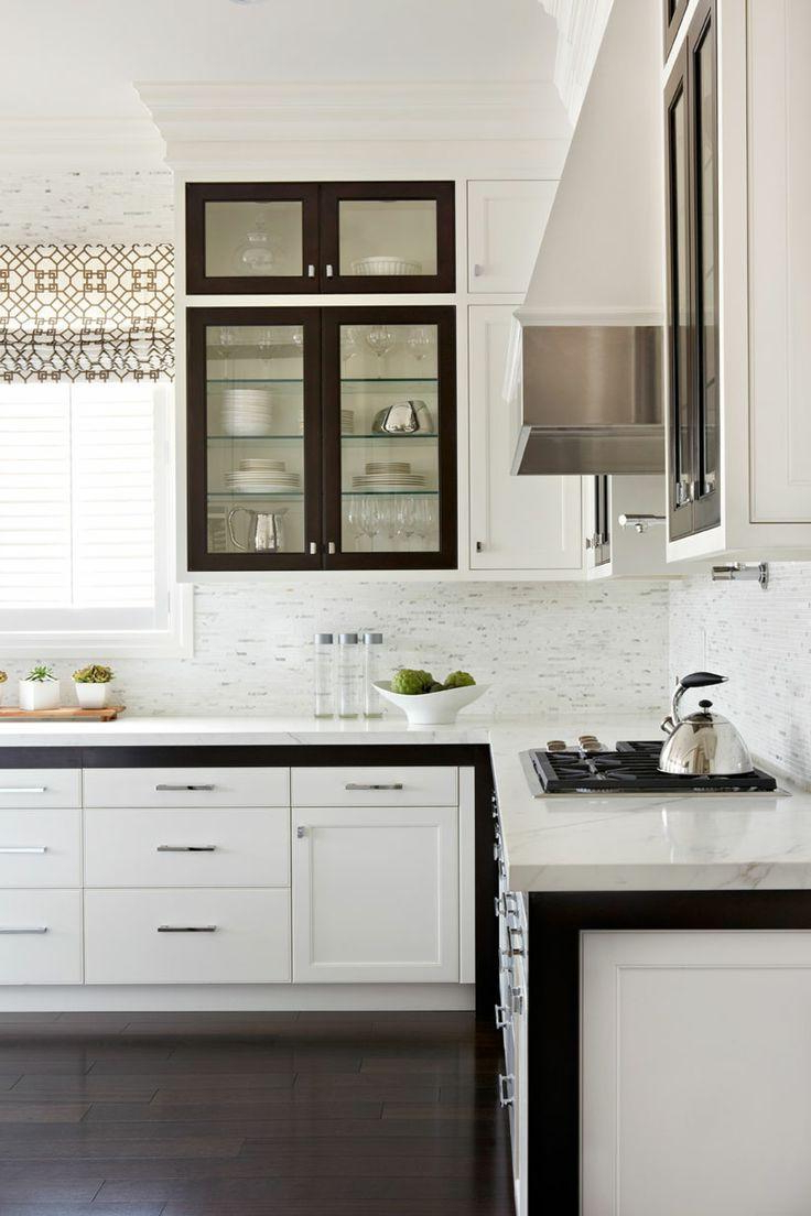15 Examples Of White Kitchen Interior Design Ideas