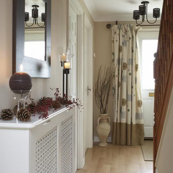 15 Modern Entryway Decorating Ideas For Universal Appeal