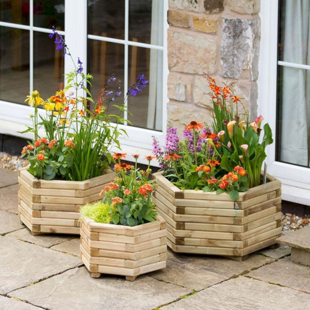 17 Beautiful Wood Container Garden To Enhance Your Home