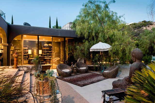 17 Sophisticated Asian Patio Designs Youll Obsess Over