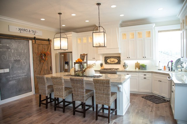 20 Beautiful Modern Farmhouse Kitchen Designs Housely