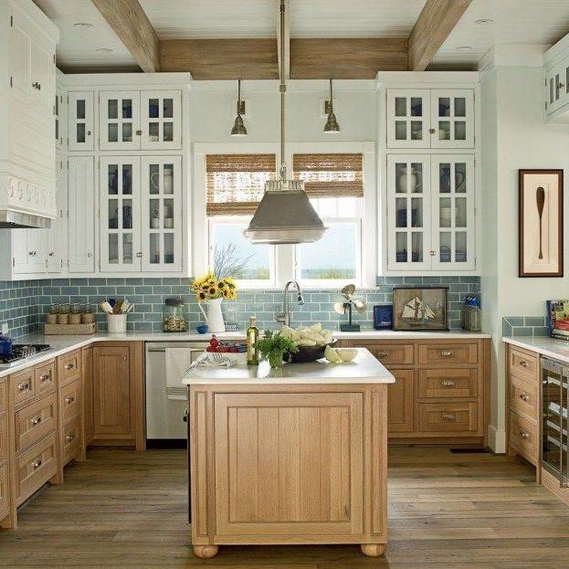 20 Elegant Beach Coastal Style Kitchen Decor Ideas Beach House Kitchens Two Tone Kitchen